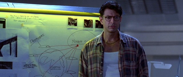 Jeff Goldblum plans Earth's alien response to Krypton.